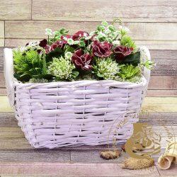 Bordó rózsa szögletes kosárban - asztaldísz