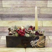 Karácsonyi antik fadobozos asztaldísz 2