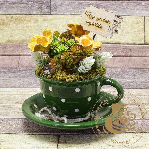 Zöld pöttyös kapucsínós bögre - asztaldísz