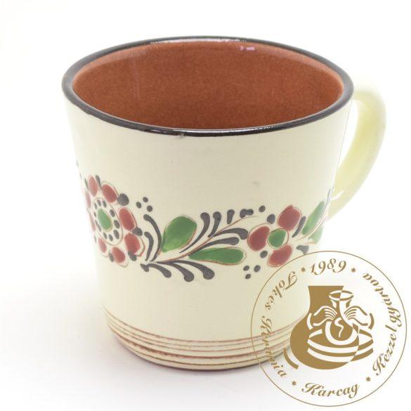 Népművészeti kúp alakú teásbögre