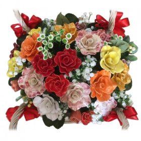 Kézműves kerámia virágok